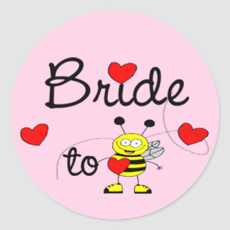 Bride to Be / HEART HAPPY BEE Classic Round Sticker