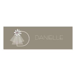 Bride's Veil Daisy Flower Monogram Bridal Gift Tag Business Cards