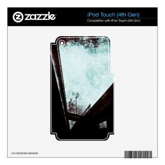 Bridge of Hearts iPod Touch 4G Skin