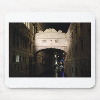 Bridge of Sighs at night Mouse Pad