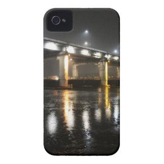 Bridge, Rain, Seoul iPhone 4 Cover