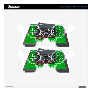 BriefcasesOnLawn061315.png PS3 Controller Skin