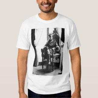 Brig. Gen. Douglas MacArthur_War Image T-shirt