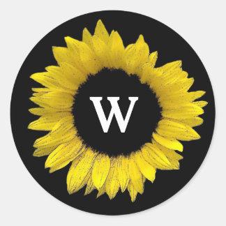 Bright and Cheerful Yellow Sunflower Wedding A08G Classic Round Sticker