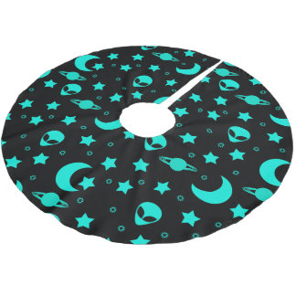 Bright Aqua Blue Alien Heads in Outer Space Brushed Polyester Tree Skirt