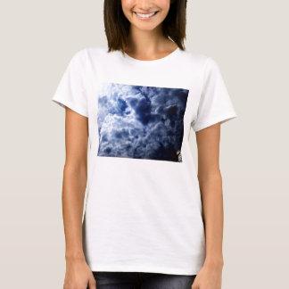 Bright Blue&White Cirrocumulus undulatus and Glowi T-Shirt