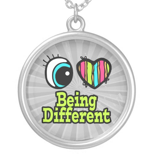 Bright Eye Heart I Love Being Different Round Pendant Necklace