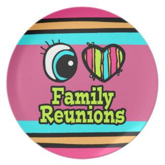 Bright Eye Heart I Love Family Reunions Party Plates