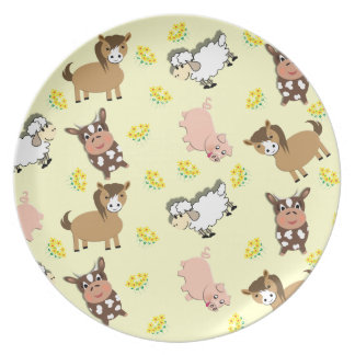 Bright Fun Cute Whimsy Farm Animals Pattern Party Plates