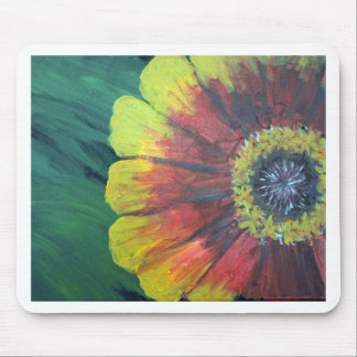 Bright large flower design mouse pad
