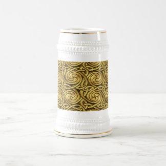 Bright Shiny Golden Celtic Spiral Knots Pattern 18 Oz Beer Stein
