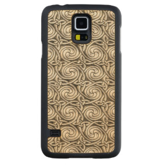 Bright Shiny Silver Celtic Spiral Knots Pattern Carved Maple Galaxy S5 Slim Case