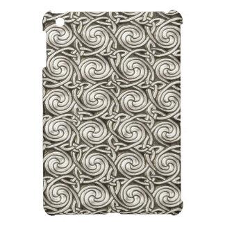 Bright Shiny Silver Celtic Spiral Knots Pattern iPad Mini Cover