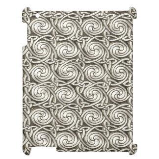 Bright Shiny Silver Celtic Spiral Knots Pattern iPad Case