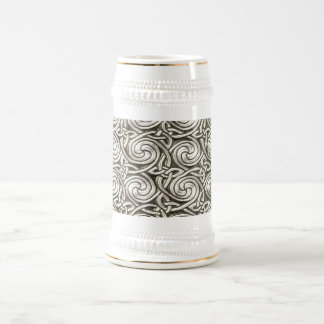 Bright Shiny Silver Celtic Spiral Knots Pattern 18 Oz Beer Stein