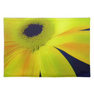 Bright Yellow Daisy Gifts Placemat