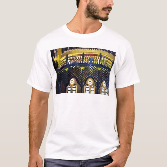 Brighton Pavilion by night T-Shirt