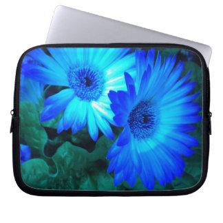 Brillian Blue Daisies Laptop Sleeve