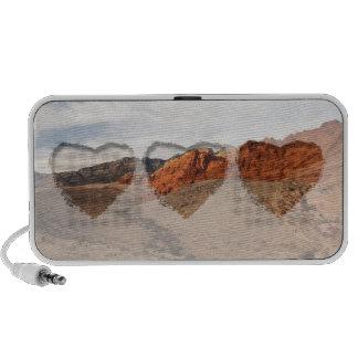 Brilliant Red Rocks; No Text Travelling Speaker