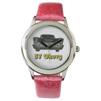Brillo de 57 Chevy con el reloj rosado de la