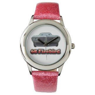Brillo de 68 Firebird con el reloj rosado de la