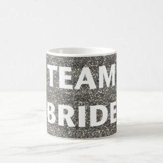 Brillo de la plata de la novia del equipo taza