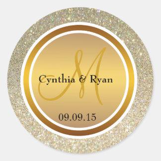 Brillo del oro y monograma metálico del boda del pegatina redonda