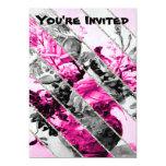 Brillo floral blanco negro rosado de las rayas del invitación 12,7 x 17,8 cm