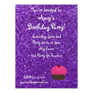 Brillo púrpura de la magdalena rosada linda del invitación