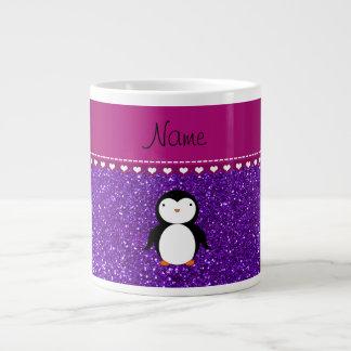 Brillo púrpura personalizado del añil del pingüino taza grande