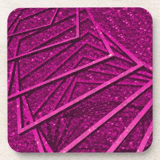 brillo rosado con los elementos posavasos de bebida