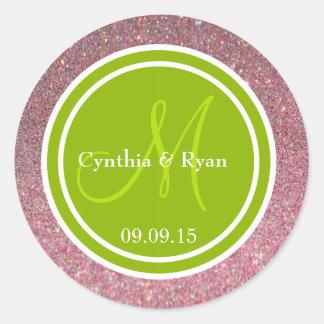 Brillo rosado y monograma verde del boda etiqueta