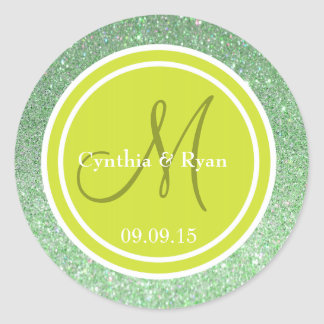 Brillo verde y monograma verde del boda de la pera etiquetas