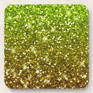 Brillos verdes claros brillantes del oro posavasos de bebida