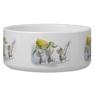Bringing In The Christmas Cheese Pet Bowl