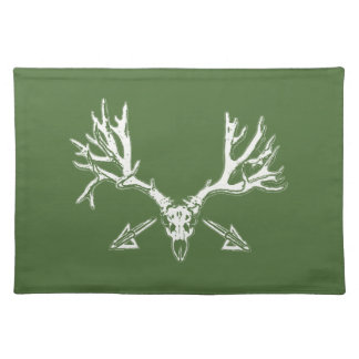 Broad head buck w cloth placemat