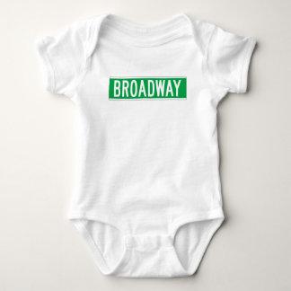 Broadway, placa de calle de Nueva York Body Para Bebé