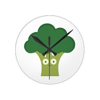broccoli base round clock