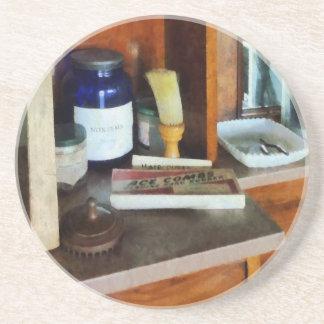 Brocha de afeitar y caja de peines posavasos manualidades