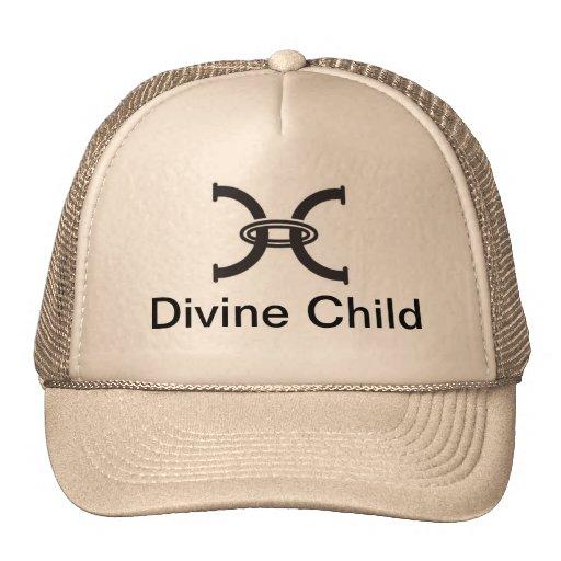 Broche divina del niño detrás gorros