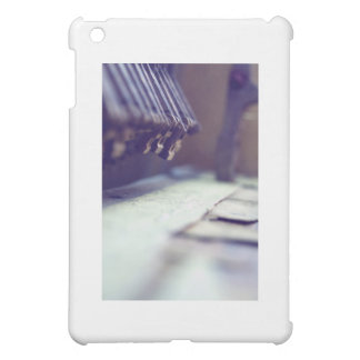 broken keys iPad mini cases