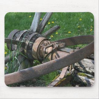 Broken wagon wheel mouse pad