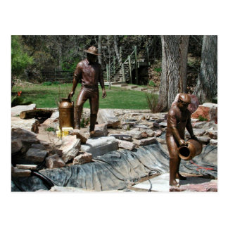 Bronze sculpture of Fishery Workers Postcard