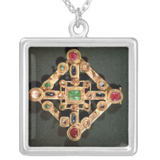 Brooch in the form of a Greek cross Square Pendant Necklace