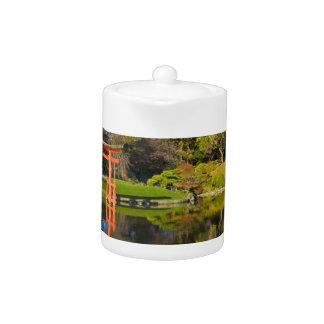 Brooklyn Botanic Garden Fall Teapot