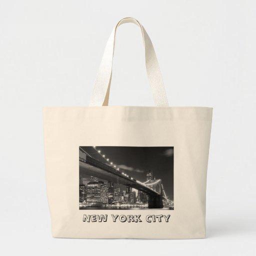 Brooklyn Bridge and Manhattan Skyline At Night Bags