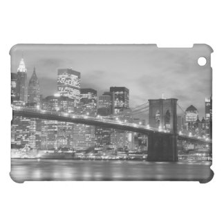 Brooklyn Bridge and Manhattan Skyline At Night iPad Mini Cases