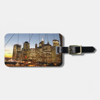 Brooklyn Bridge At Dusk With Manhattan Skyline Bag Tag