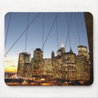 Brooklyn Bridge At Dusk With Manhattan Skyline Mouse Pad