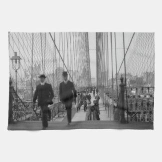 Brooklyn Bridge Crossing Kitchen Towels